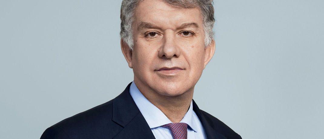 Amundi-Chef Yves Perrier: Die französische Fondsgesellschaft hat sich nun doch entschieden, die künftig für externes Research anfallenden Kosten selbst zu tragen.  © Amundi
