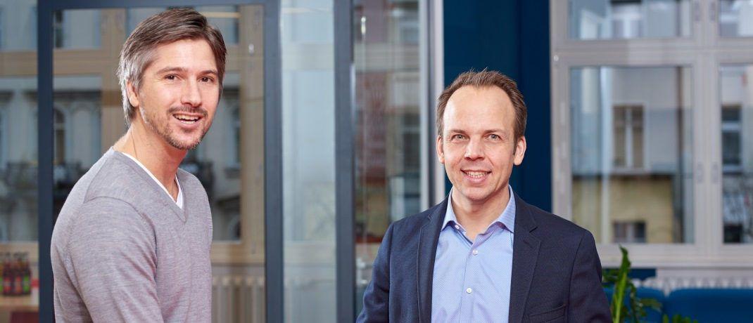 Tim Kunde, Geschäftsführer und Mitgründer von Friendsurance und Markus Pertlwieser, Digitalchef für Privat- und Firmenkunden der Deutschen Bank.|© Deutsche Bank