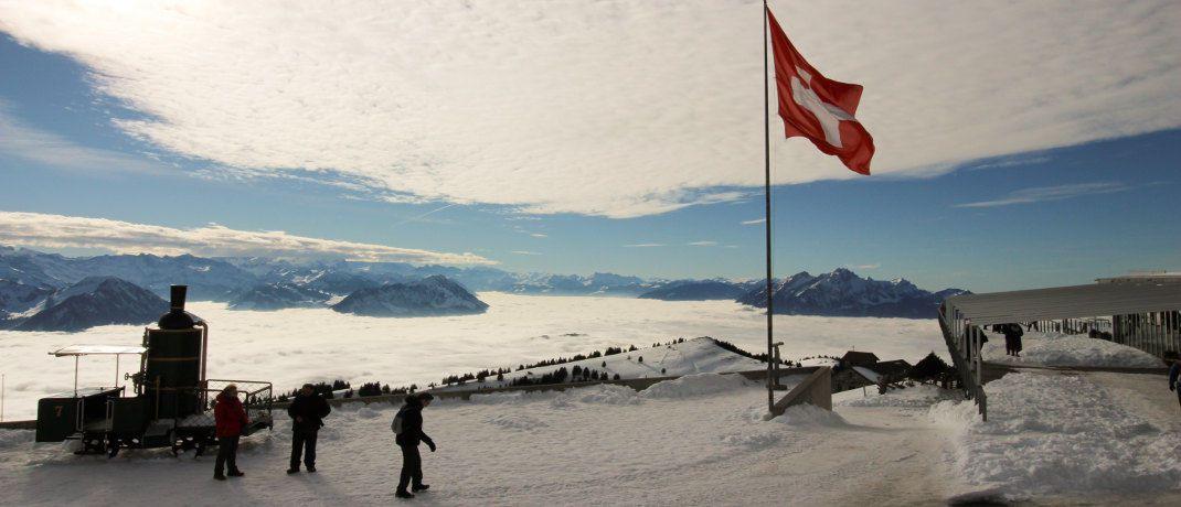Schweizer Flagge: Die Stadt Zug will Standort für Blockchain-Firmen werden.|© Pexels