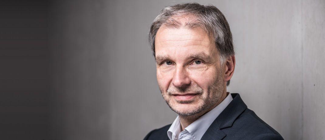 """Macht sich Gedanken über den """"ersten Schritt"""": DAS-INVESTMENT-Kolumnist Egon Wachtendorf"""