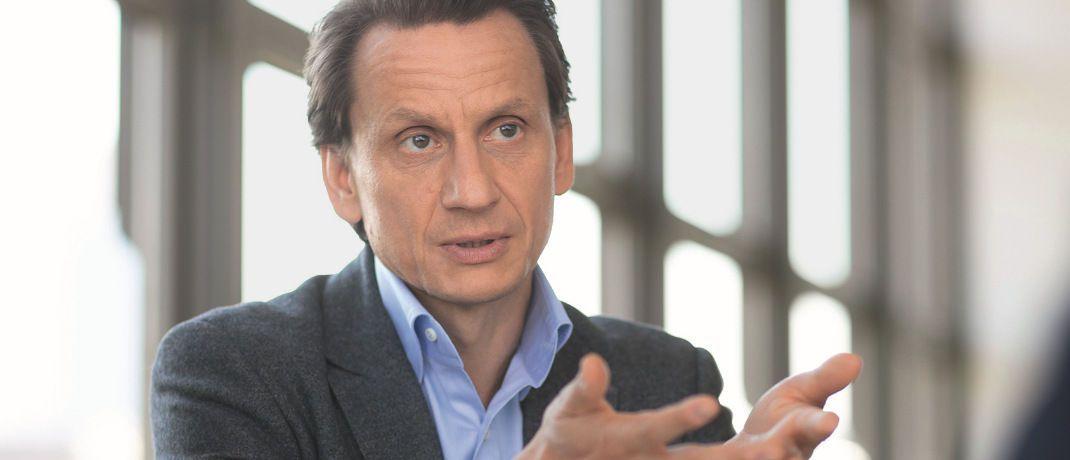 Thomas Richter: Der Hauptgeschäftsführer des deutschen Fondsverbands BVI warnt Behörden und Politik angesichts anhaltend niedriger Zinsen, Überregulierung und der Verselbstständigung der europäischen Aufsichtsbehörden vor Belastungen für Fondsbranche und Sparer.|© BVI
