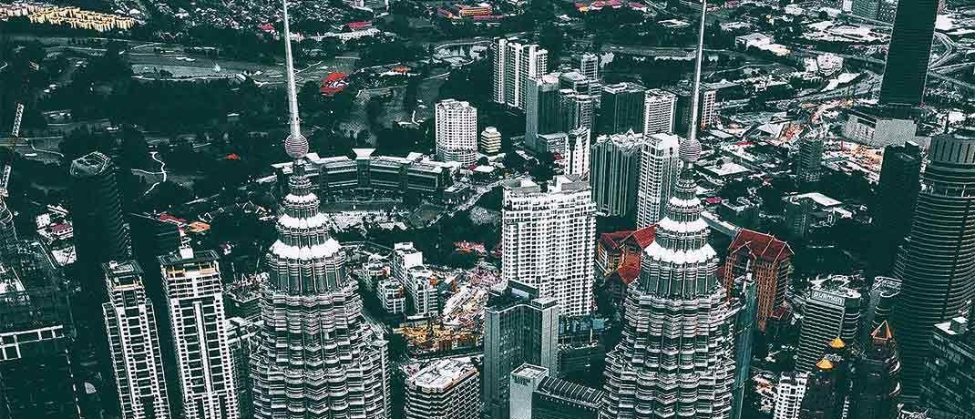 Petronas Twin Towers in Kuala Lumpur: Der Emerging Market Malaysia macht große Schritte in Richtung Industrieland.