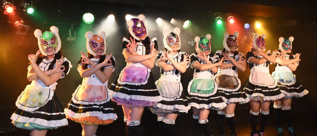 Pop-Band Virtual Currency Girls: Die japanische Girl-Group soll digitale Währungen populär machen. | © Getty Images