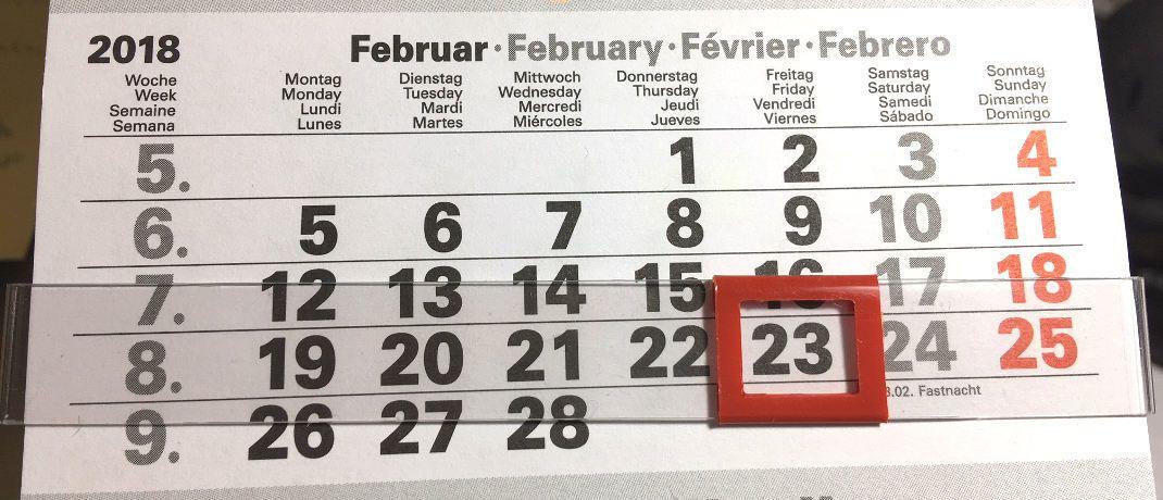 Kalender. Ab dem 23. Februar tritt das deutsche IDD-Umsetzungsgesetz in Kraft.|© DAS INVESTMENT