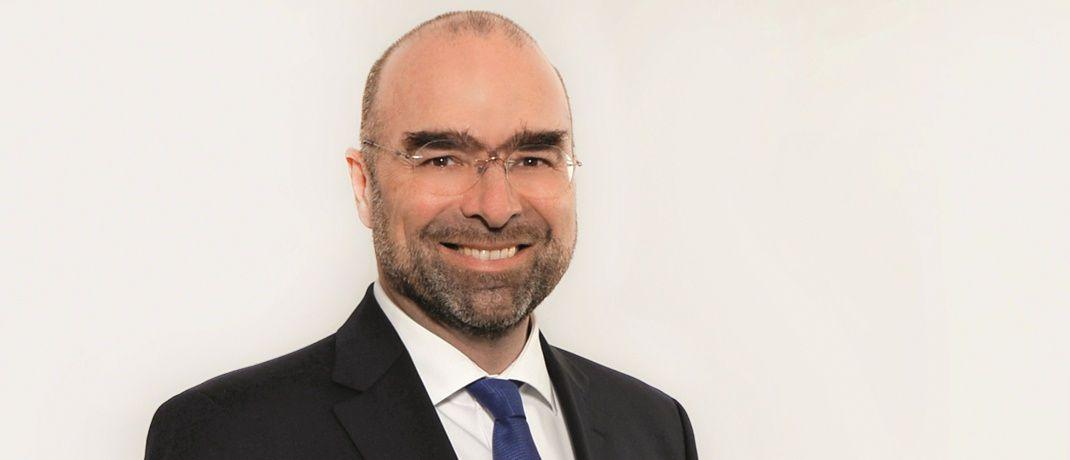 Christian Waigel ist Chef der Münchner Kanzlei Waigel Rechtsanwälte. Der Fachanwalt empfiehlt, das Vorhaben der GroKo, 34f-Vermittler der Bafin zu unterstellen, nicht auf die leichte Schulter zu nehmen.|© Waigel Rechtsanwälte
