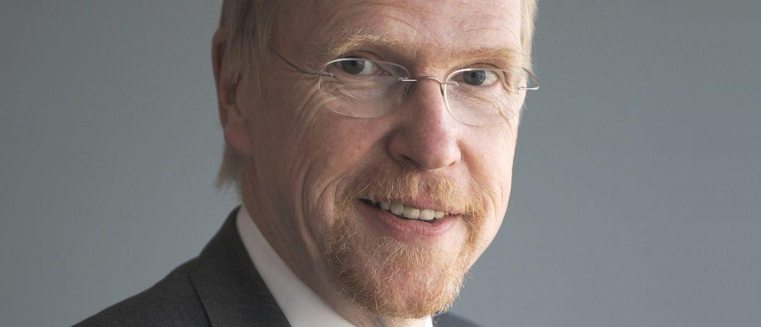 Thomas Mayer leitet das Flossbach von Storch Research Institut, das das Kölner Fondshaus als seine unabhängige