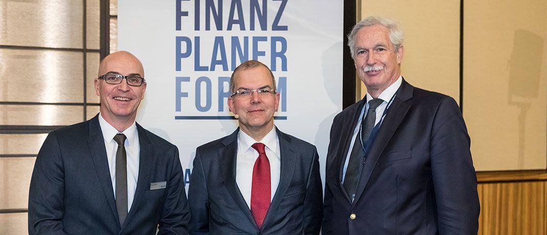 Zur vierten Auflage des Finanzplaner Forums Rhein-Ruhr trafen sich rund 200 zertifizierte Finanzplaner in DÜsseldorf.|© Alle Bilder: Axel Jusseit