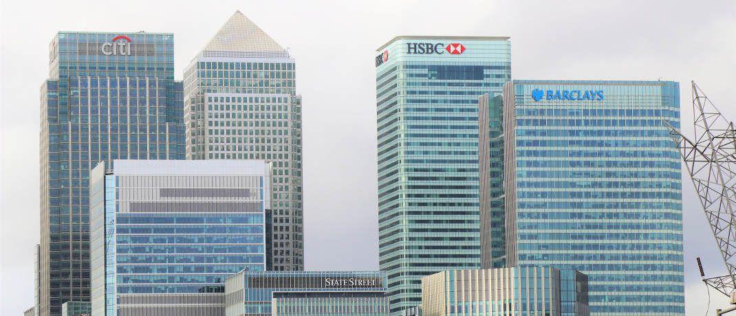 Blick auf das Londoner Bankenviertel: Eine aktuelle Umfrage beleuchtet die Schlafgewohnheiten in der Finanzbranche.|© Expect Best