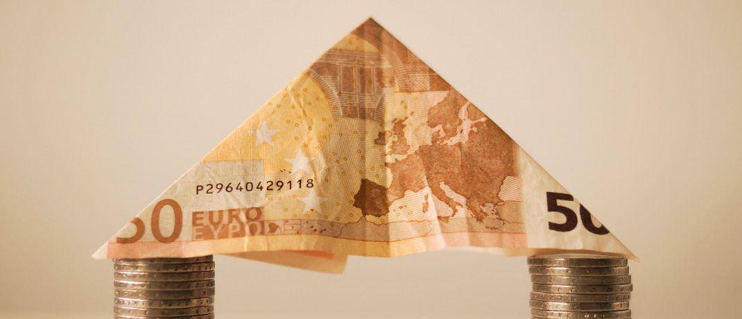 Immobilienfinanzierung: Die Zinsen in Deutschland fallen seit mehr als Jahren, erklärt Andreas Görler vom Berliner Vermögensverwalter Wellinvest – Pruschke & Kalm.|© skitterphoto