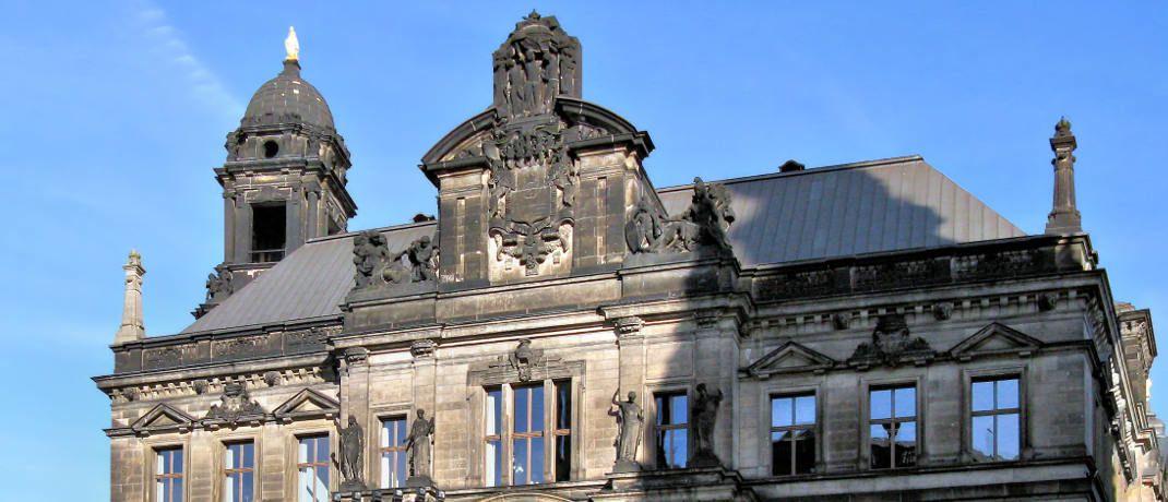Oberlandesgericht Dresden: Das oberste Gericht der s&auml;chsischen ordentlichen Gerichtsbarkeit befindet sich seit 2001 im S&auml;chsischen St&auml;ndehaus am Rand der historischen Altstadt Dresdens.&nbsp;|&nbsp;&copy; Bildpixel / <a href='http://www.pixelio.de/' target='_blank'>pixelio.de</a>