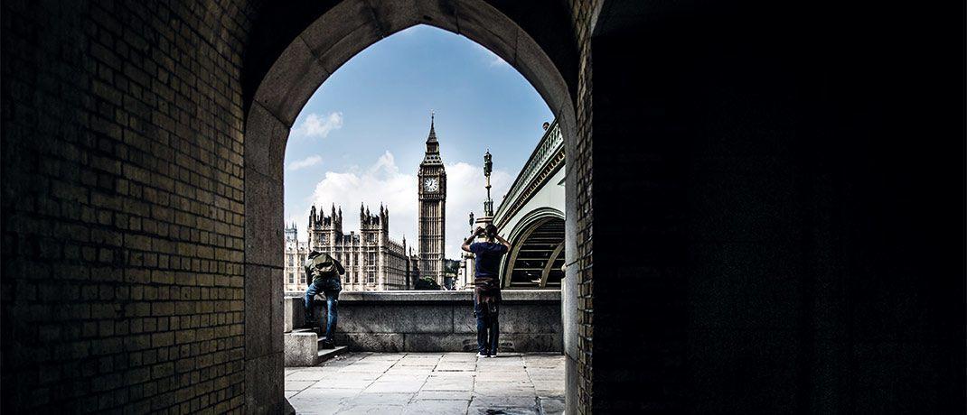 Kleine Gasse in London: Aussicht auf Rendite bietet der Invesco Active Multi-Sector Credit Fund, indem er abseits der traditionellen Anleihesegmente investiert.