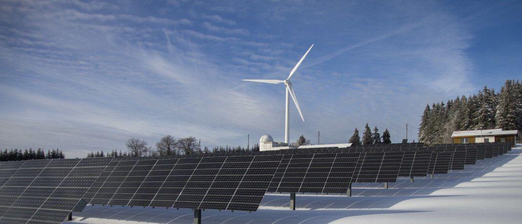 Windkraft und Solaranlage: Vier neue Indexfonds der DWS beachten auch Kriterien für die Aktivitäten internationaler Unternehmen in den Bereichen Umwelt, Soziales und Unternehmensführung.|© Pixabay