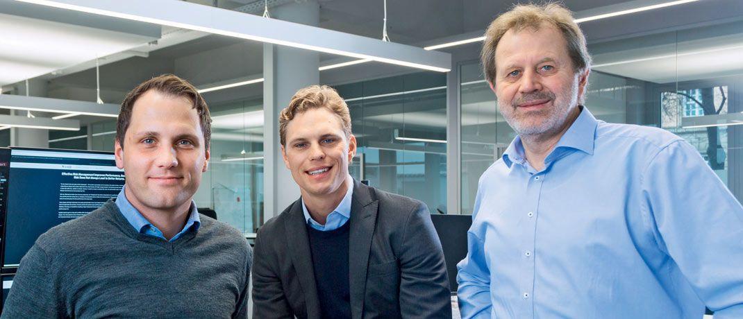 Florian Prucker, Erik Podzuweit und Stefan Mittnik (v.l.) sind die Gründer von Scalable Capital.