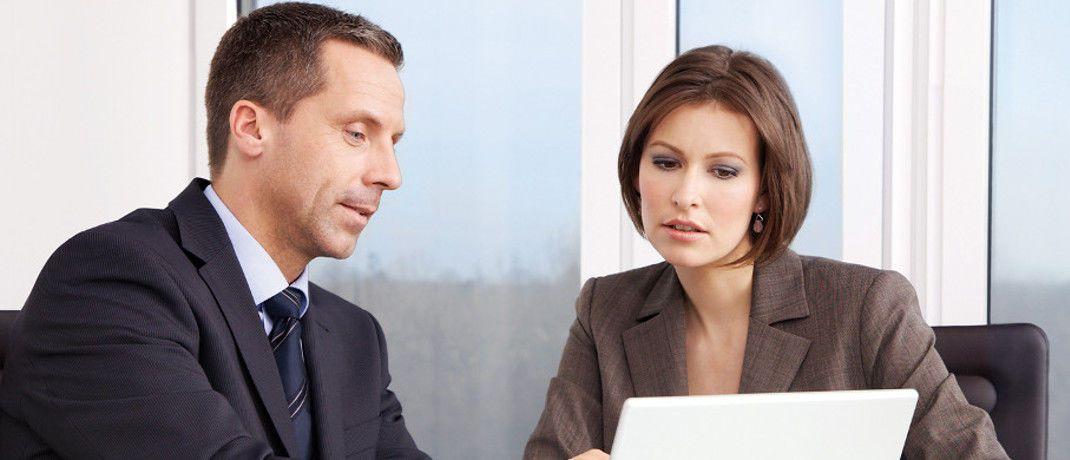 Beratungsgespräch. Die meisten Finanzberatungskunden bevorzugen hierzulande einen menschlichen Berater, ergab eine Yougov-Umfrage.|© MLP