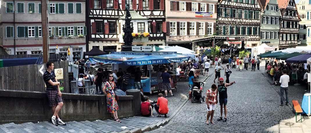Marktplatz in Tübingen: Auf der Handelsplattform Zweitmarkt.de sind derzeit Anteile von rund 4.800 Beteiligungen gelistet.|© Pixabay