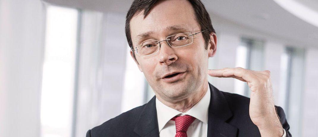 Empfiehlt privaten Anlegern Aktien-Investments: Dekabank-Chefvolkswirt Ulrich Kater  |© Deka