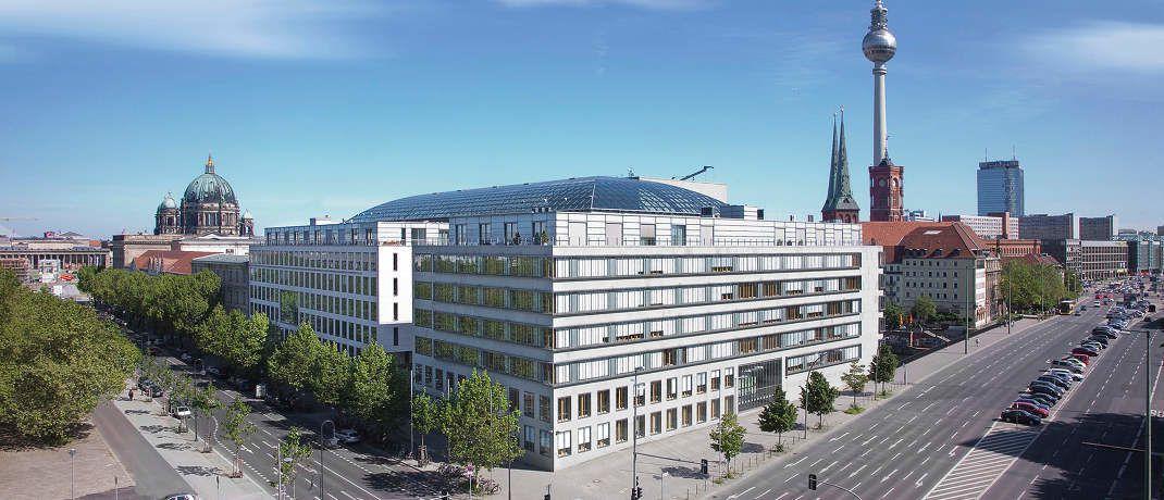 DIHK-Zentrale in Berlin: Die Dachorganisation der  Industrie- und Handelskammern erfasst regelmäßig die Zahl der in Deutschland registrierten Vermittler.|© DIHK/Michael Tewes