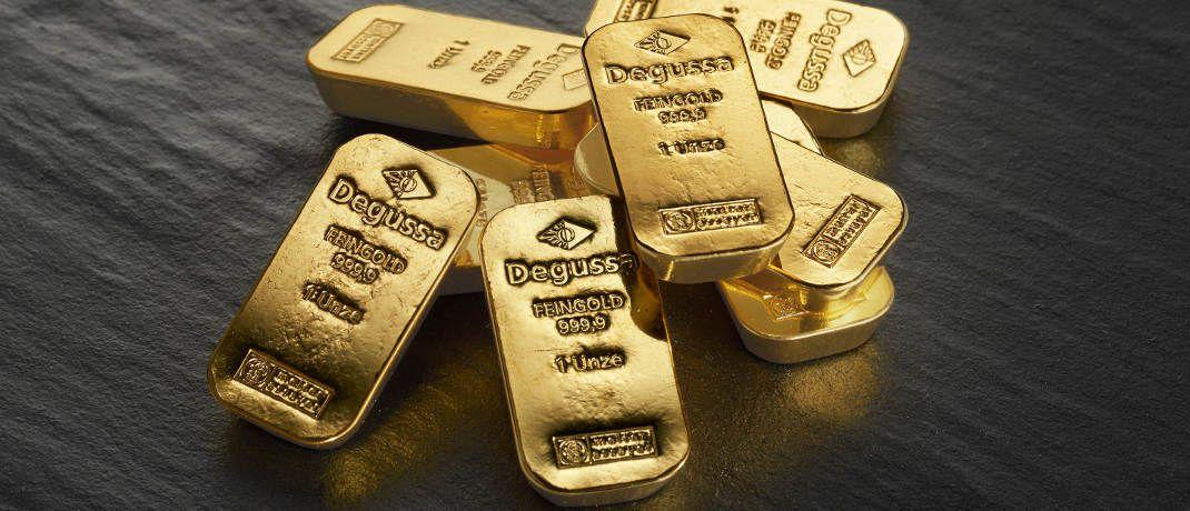 Goldbarren. Der Abwärtstrend beim Goldpreis könnte sich noch einige Zeit fortsetzen, glaubt Rohstoff-Experte Martin Siegel.|© Degussa Goldhandel