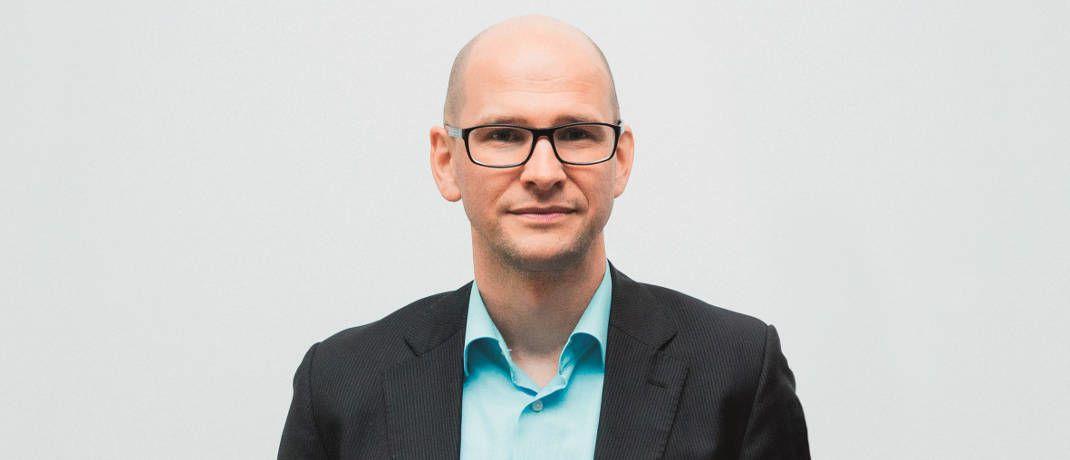DAS-INVESTMENT-Redakteur Andreas Harms spart das Geld für seine Kinder in Aktienfonds|© Kasper Jensen