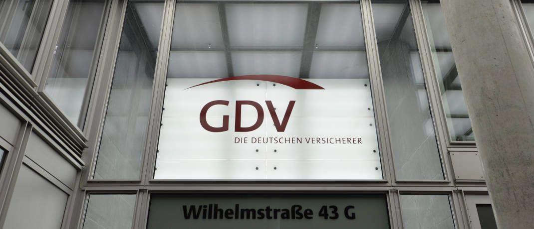 Die Ausschließlichkeitsorganisationen der Versicherer bestimmen weiterhin das Vertriebsgeschehen. Das zeigen die jüngsten Vertriebsdaten des Versicherungsverbandes GDV.|© GDV