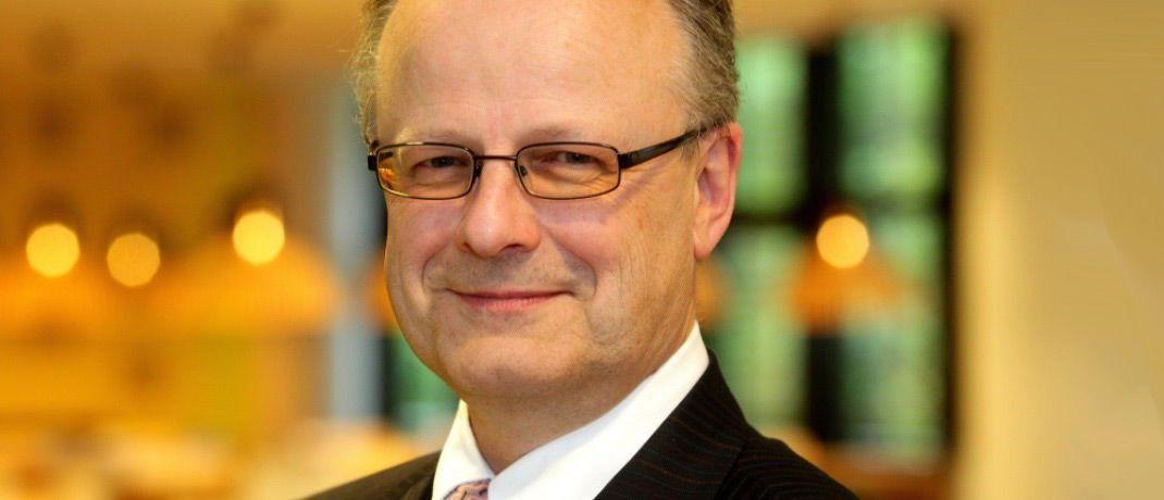 Prof. Dr. Hartwig Webersinke leitet das Institut für Vermögensverwaltung.  |© InVV