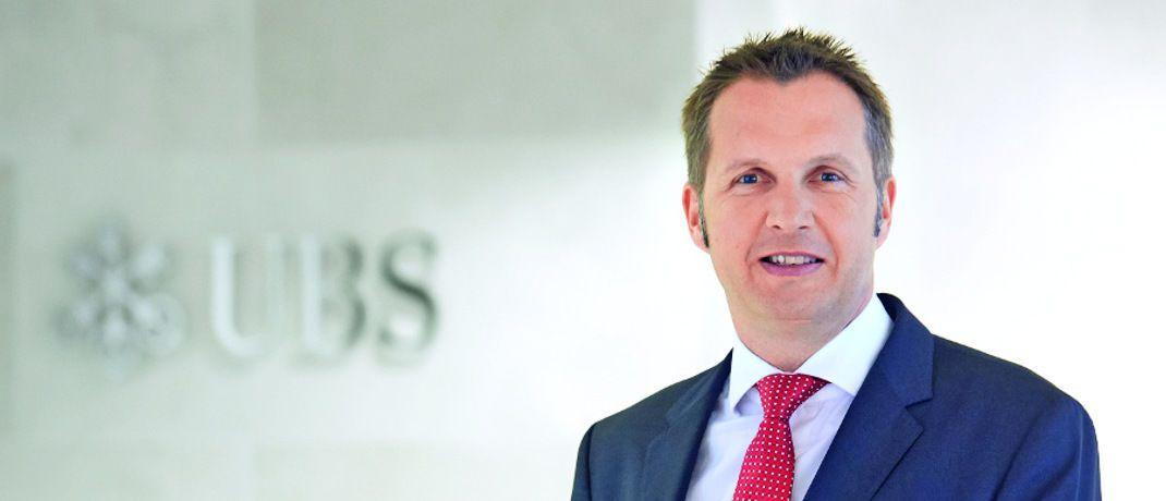 Dag Rodewald: Der Leiter des Geschäfts mit passiven Investments und ETF-Vertriebsspezialist der UBS in Deutschland betont, dass Schwellenländeranleihen im Vergleich zu Anleihen aus Industrieländern einerseits höhere Kursschwankungen aufweisen, andererseits aber die Chance auf höhere Erträge bieten.|© UBS Asset Management