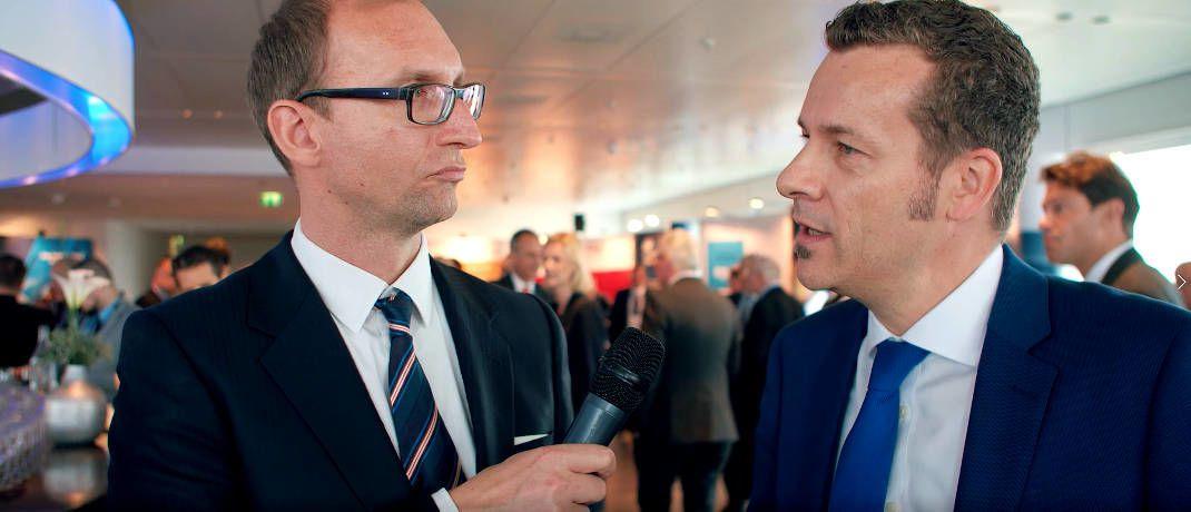 Carsten Roemheld (rechts), Kapitalmarktstratege bei Fidelity International, im Gespräch mit Helge Rehbein, Redakteur bei Multiasset.com|© Screenshot, DAS INVESTMENT