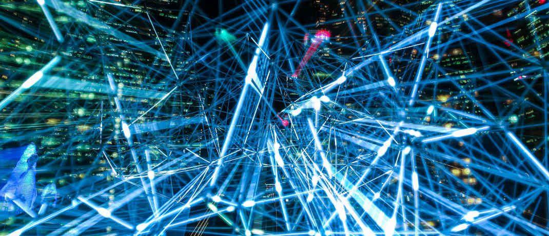 Netzwerk: Je mehr Daten künstliche neuronale Netzwerke verarbeiten, umso besser werden sie. |© Pixabay
