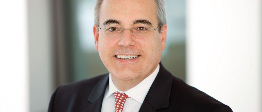 Rolf Tilmes ist Professor an der EBS Business School und leitet dort das PFI Private Finance Institute. Zudem ist er langjähriger Vorstandsvorsitzender des Financial Planning Standards Board Deutschland (FPSB).|© EBS
