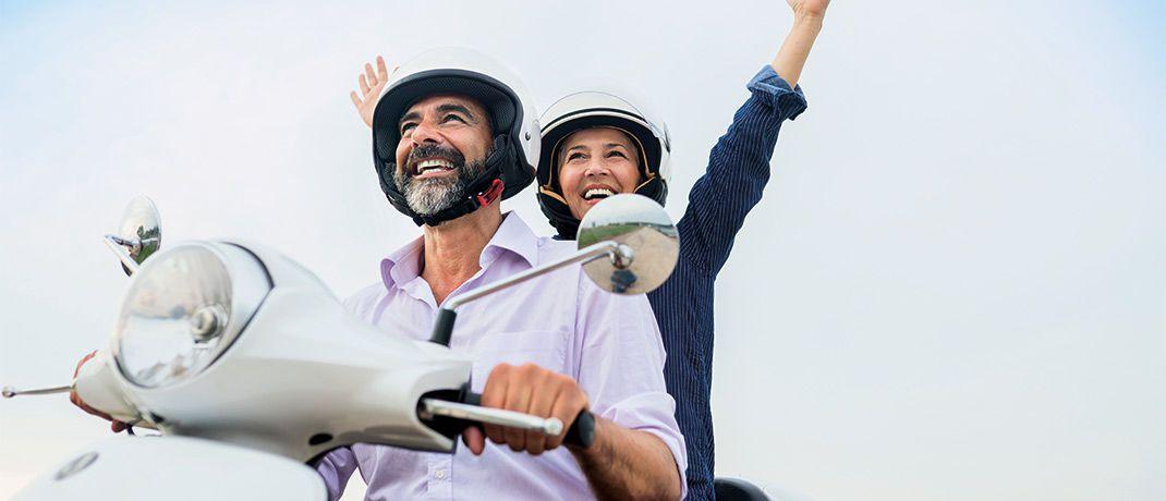 After Work: Wer sein Leben lang gearbeitet hat, sollte doch den Ruhestand genießen  können. Sparplaninvestitionen helfen, einen zusätzlichen Ertrag fürs Alter aufzubaue.|© Vesnaandjic/IStock