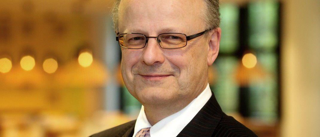 Hartwig Webersinke ist Professor und Dekan der Wirtschafts- und Rechtsfakultät der Hochschule Aschaffenburg. Unter seiner Leitung ist der Quick-Check für Vermögensverwalter entstanden.|© Hochschule Aschaffenburg