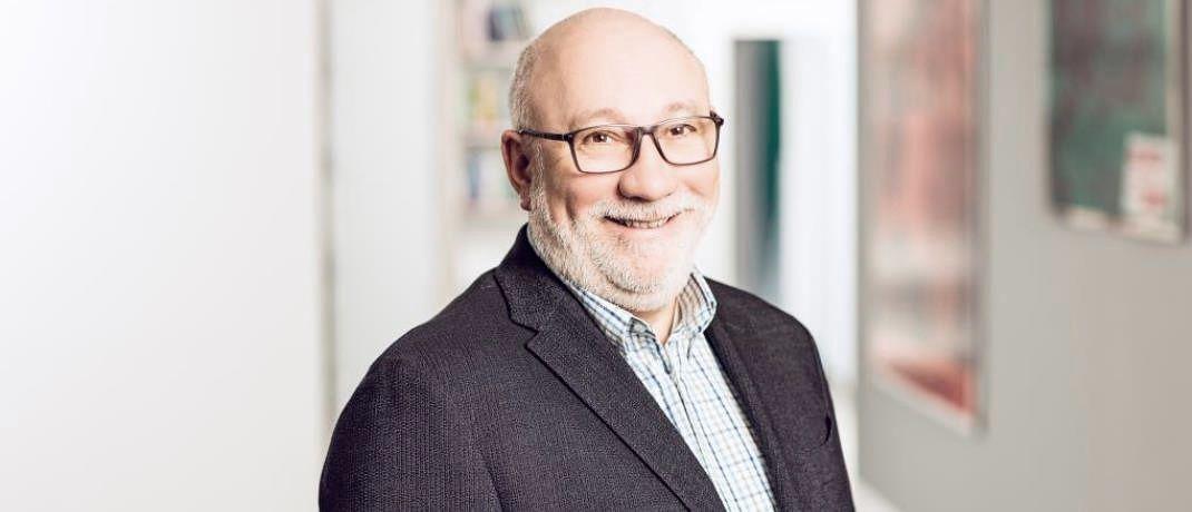 Walter Capellmann, Hauptbevollmächtigter der Dela Deutschland, entnimmt den Ergebnissen der Studie, dass die Deutschen sich zu wenig des Risikos eines vorzeitigen Todes bewusst sind.