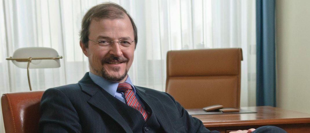 Stephan Albrech: Der Vorstand der Albrech & Cie Vermögensverwaltung in Köln empfiehlt Anlegern, den US-Dollar im Blick zu behalten.