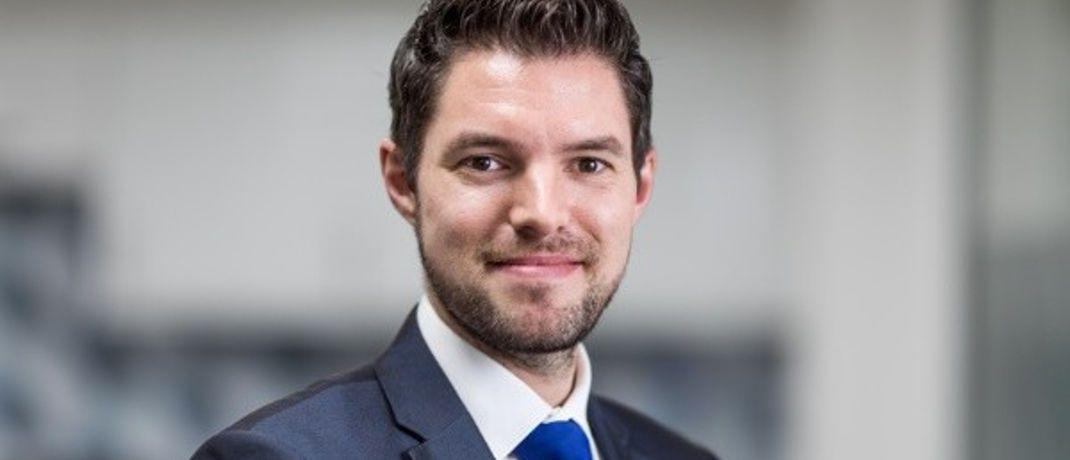 Marcus Weyerer: Der Absolvent der Frankfurt School of Finance startete seine Karriere als Vertriebsexperte im Privat Wealth und dann im Firmenkundengeschäft der Commerzbank in Frankfurt.