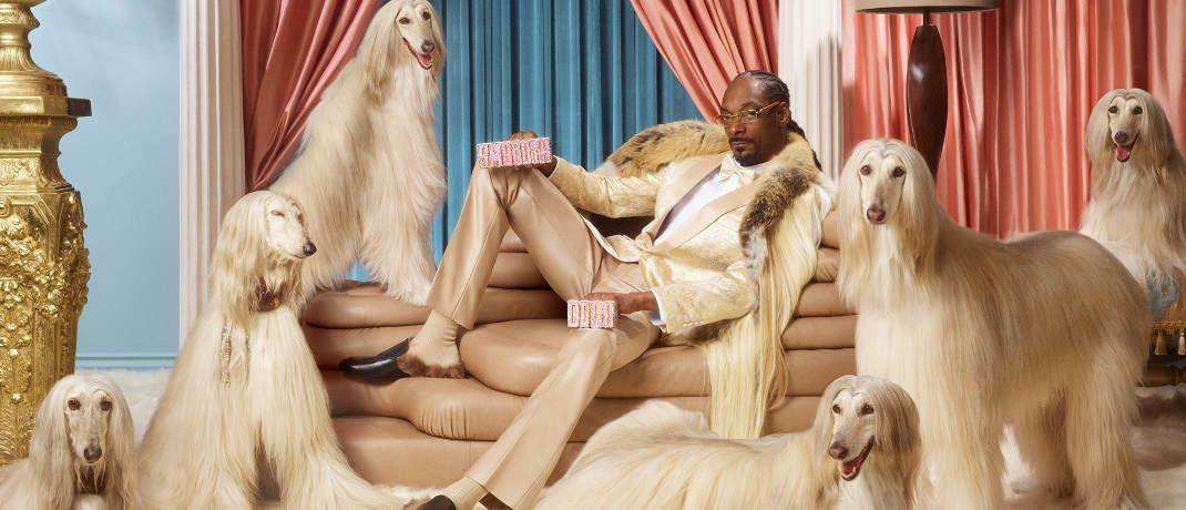 Ziemlich pompöös: Rapper Snoop Dogg im Kreise seiner Lieben|© Klarna