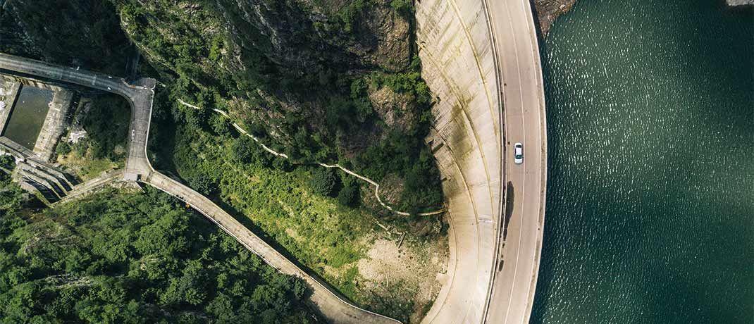 Wasserkraftwerk in Rumänien: Nachhaltigkeit und Wertorientierung zählen zu den Unternehmensstrategien der Evangelischen Bank.|© jaromir kavan/Unsplash