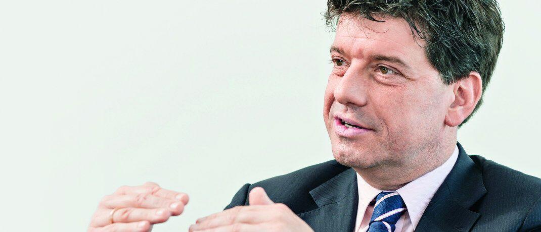 Alexander Lehmann: Der bisherige Leiter der die Vertriebsunterstützung in Deutschland und Österreich verlässt Fenthum nach elf Monaten. Er war zuvor insgesamt 13 Jahre lang für Invesco Asset Management Deutschland tätig gewesen.