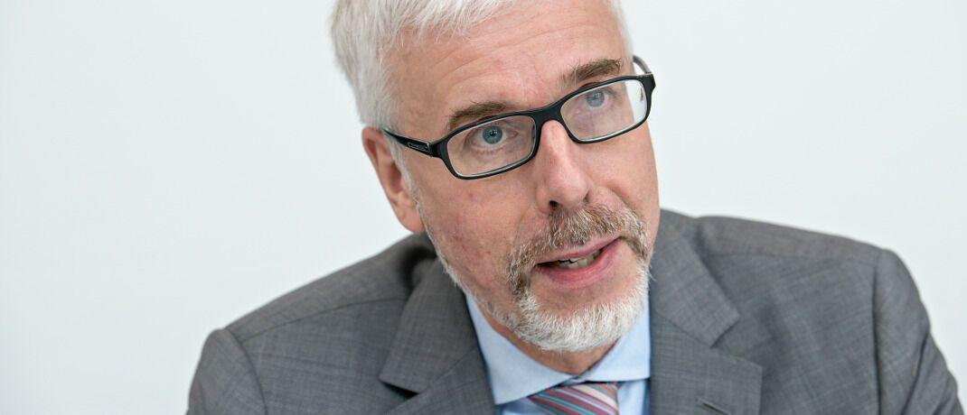 Reinhard Panse: Der Investmentexperte verteidigt die Europäische Zentralbank (EZB) gegen die vielfache Kritik an ihrer anhaltenden Niedrigzinspolitik.|© Uwe Noelke