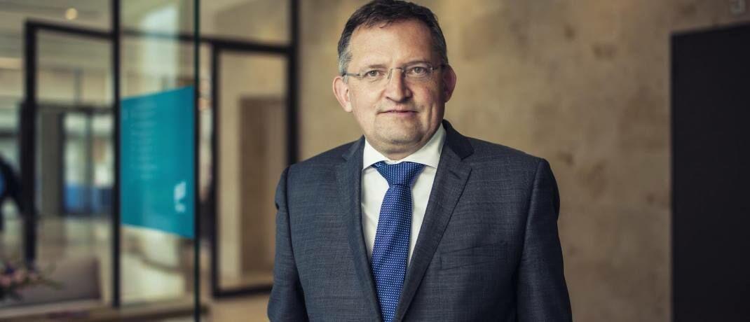 Léon Cornelissen, Chefvolkswirt bei Robeco, hinterfragt, warum europäische Aktien seit 2009 immer günstiger gegenüber US-Werten geworden sind.