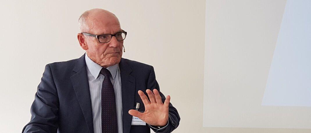 Günter Hirsch: Der Versicherungsombudsmann gibt Ende März nach elf Jahren sein Amt ab. Der 76 Jahre alte Jurist war zuvor Präsident des Bundesgerichtshofs sowie Richter am Gerichtshof der Europäischen Union.|© Versicherungsforen Leipzig