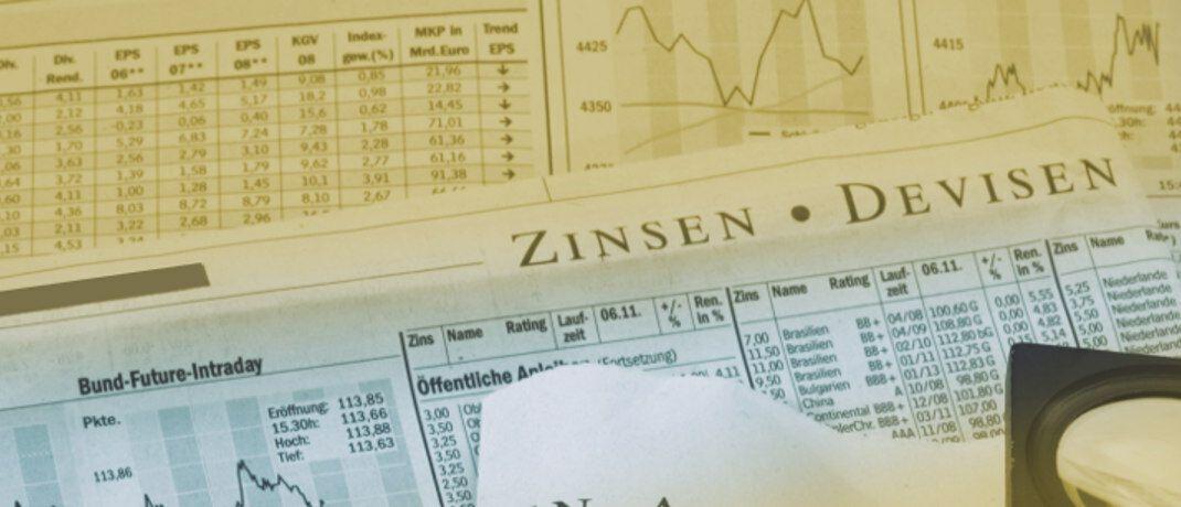 Anleihekurse: Exchange Traded Funds (ETFs), die den Rentenmarkt passiv abbilden, stoßen bei Branchenexperten vielfach auf Kritik. Eine aktuelle Studie untersuchte speziell Produkte, die in hoch (High Yield) beziehungsweise variabel verzinste Anleihen (Floating-Rate Loans) investieren.|© Rainer Sturm / <a href='http://www.pixelio.de/' target='_blank'>pixelio.de</a>
