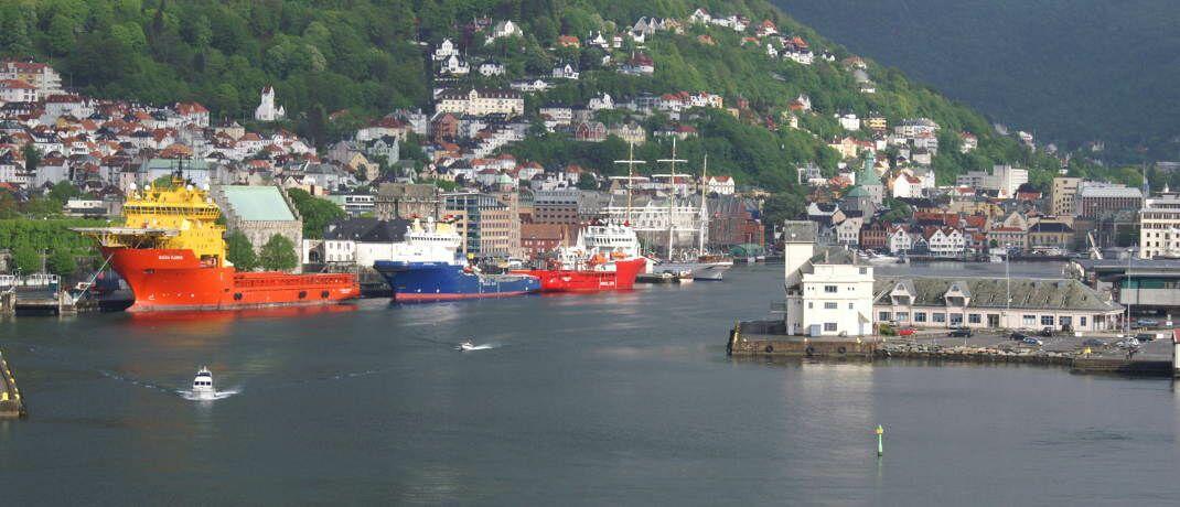 Hafen von Bergen: Norwegen, dessen Staatsfonds einen Teil der staatlichen &Ouml;l-Einnahmen f&uuml;r k&uuml;nftige Generationen anlegt, gilt als Vorbild f&uuml;r die deutsche Altersvorsorge.&nbsp;|&nbsp;&copy; klaas hartz / <a href='http://www.pixelio.de/' target='_blank'>pixelio.de</a>