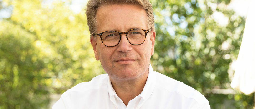 Martin Gräfer: Der Vorstand Versicherungsgruppe die Bayerische kommentiert den offiziellen Referentenentwurf zum so genannten Provisionsdeckel sehr kritisch.|© Versicherungsgruppe die Bayerische