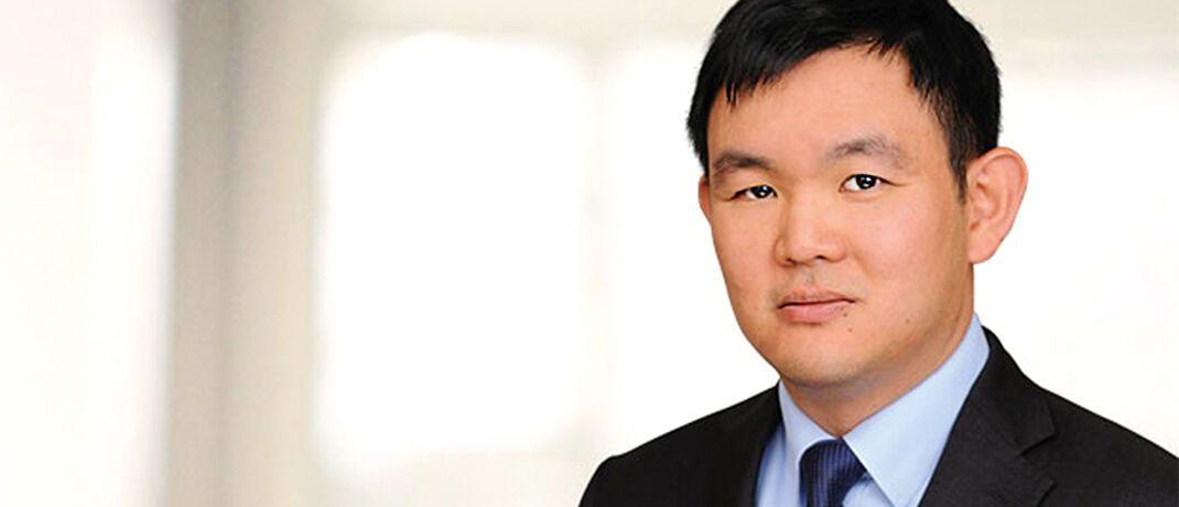 Jonathan Tseng ist seit 2013 als Analyst für den Technologiesektor bei Fidelity. Davor arbeitete er bei Merrill Lynch, Morgan Stanley und JP Morgan im Investment-Research für die Technologiebranche und hat über 17 Jahre Investmenterfahrung.