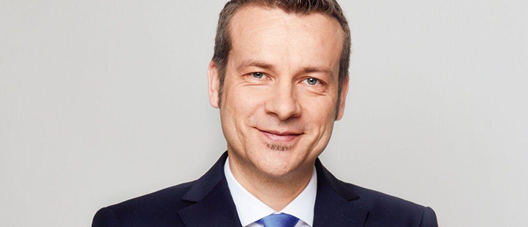 Carsten Roemheld, ist Kapitalmarktstratege bei Fidelity International in Deutschland. Seit Januar 2014 betreut er als Director Fund Selection Units Vertriebspartner von Fidelity.