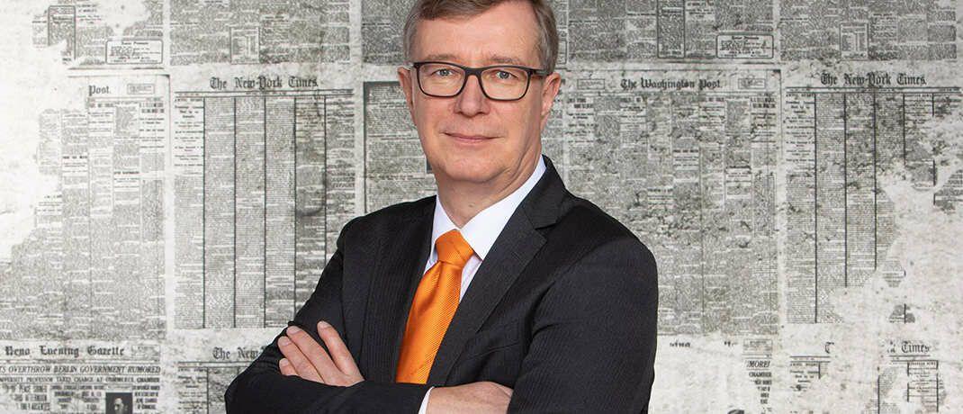 Vorstandssprecher der Hamburger Volksbank Reiner Brueggestrat. Das Institut will ab der kommenden Woche mit einer bankenunüblichen Werbekampagne auf sich aufmerksam machen.|© Hamburger Volksbank