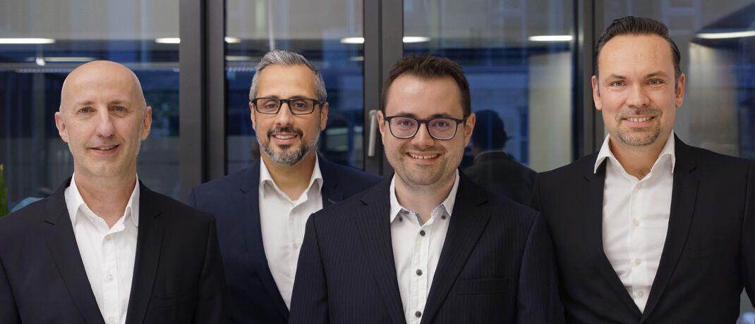 Sven Schmeier (v.l.), Elio Ballerini, Valentin Häusser und Wealthgate-Geschäftsführer Christian Sammet. |© Wealthgate