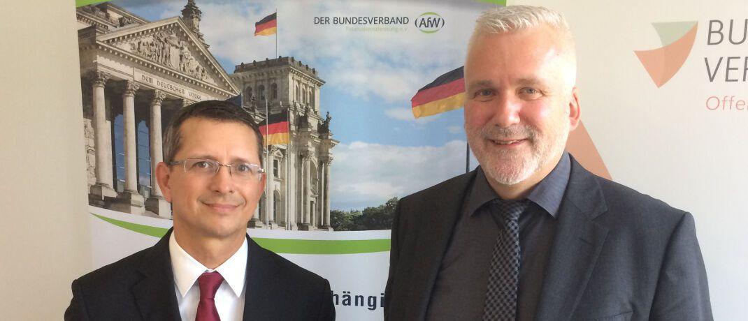 AfW-Vorstand Norman Wirth (l.) und BdV-Vorstandssprecher Axel Kleinlein wollen die Rechte der Versicherten bei einem Run-Off stärken.|© DAS INVESTMENT