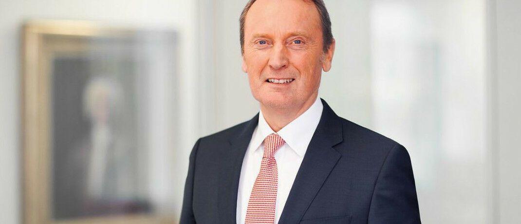 Hans-Walter Peters. Der BdB-Präsident fordert vom europäischen Gesetzgeber, die Taping-Pflicht für Finanzdienstleister zu überarbeiten.