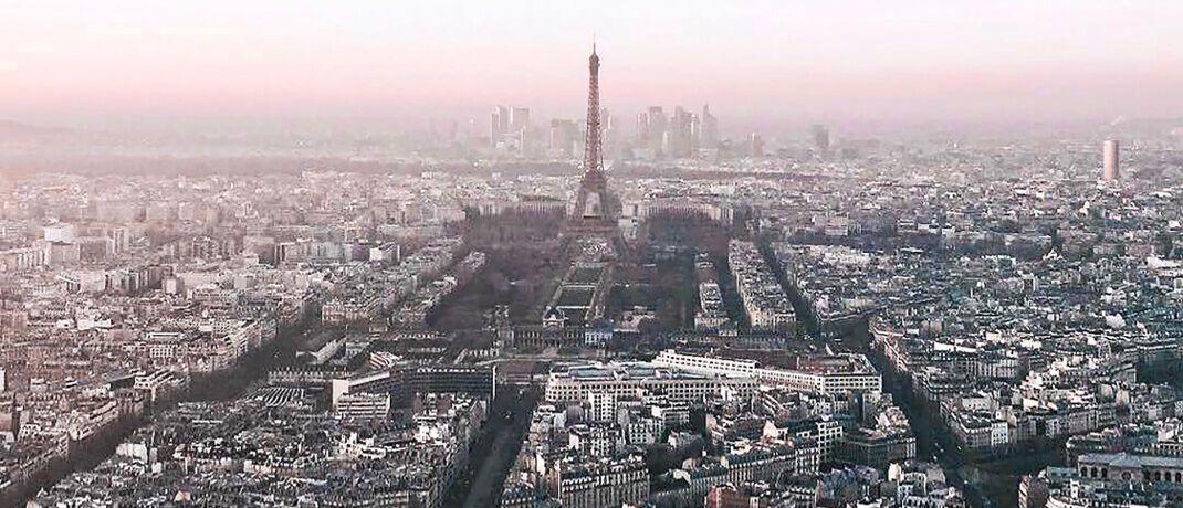 Skyline von Paris. Die französische Hauptstadt könnte London als Finanzhauptstadt beerben.